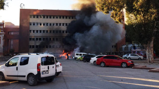 Adana'da ikinci bombalı araç engellendi