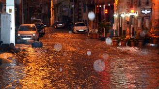 Marmara sağanak yağışa teslim