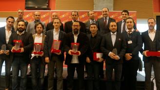 Sarı Kırmızı Kareler fotoğraf yarışması