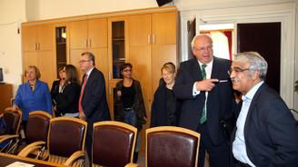 Almanya Devlet Bakanı HDP'yi ziyaret etti