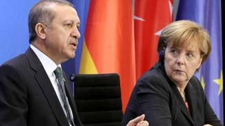 Erdoğan'dan Merkel'e taziye telefonu