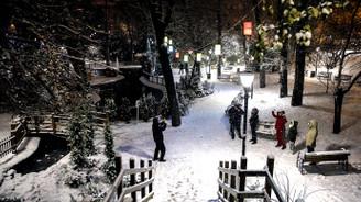 Ankara'da kar bi başka güzel!