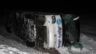 Sivas'ta trafik kazası: 32 yaralı