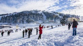 Uludağ doldu, yerli turist Balkanlara yöneldi