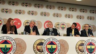 Fenerbahçe'de 'Sihirbaz' imzayı attı