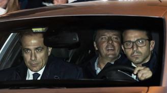 Çizme'nin başbakanı istifa etti