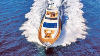 Artık denizde moda motoryatla mavi tur