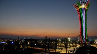 EXPO Kulesi, İtalya bayrağının renklerine büründü