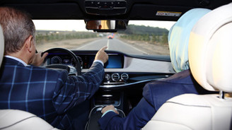 Erdoğan yeni köprüde araba kullandı