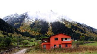 Sonbaharı ve kışı aynı anda yaşatıyor