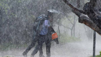 Doğu ve Orta Karadeniz'de çok şiddetli yağış uyarsı