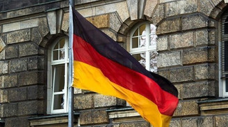 Almanya'da şirketlerin istihdam eğilimi arttı