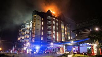 Almanya'da hastanede yangın: Ölü ve yaralılar var