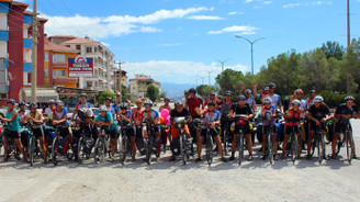 Bisikletle 15 ülke gezecekler