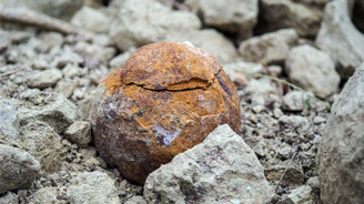 Kütahya'da yüzlerce taş gülle bulundu