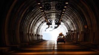 Tüneller birbirine bağladı