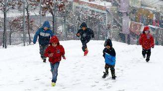 İstanbul ve çok sayıda ilde eğitime kar engeli