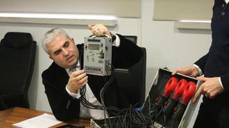 Elektriğe 'çekirge' ve robotla müdahale