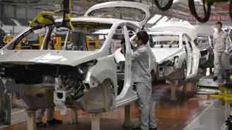 Çin'de büyüme beklenti üzerinde