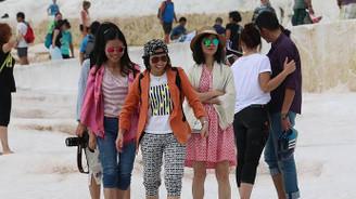 Pamukkale'de Çinli turist yoğunluğu yaşanıyor