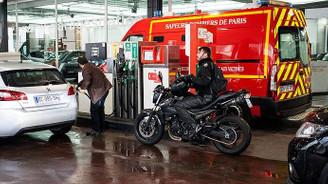 Fransa'da petrol ve doğalgaz üretimi 2040'ta duracak