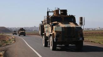 Zırhlı personel taşıyıcılar Reyhanlı ilçesine geldi