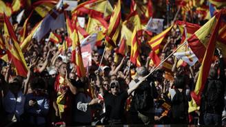 Bağımsızlık karşıtlarından Barselona'da gösteri