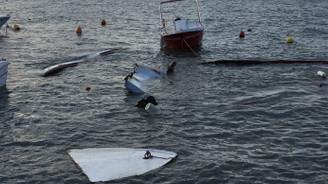 Silivri'de lodos tekneleri batırdı