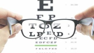 Seyyar satıcıdan gözlük numarası