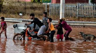 Yunanistan'daki selde 15 kişi hayatını kaybetti