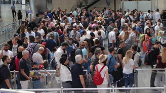 Ekimde 3 milyon yabancı ziyaretçi geldi