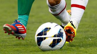 Hakeme saldıran iki futbolcuya 35'er maç ceza