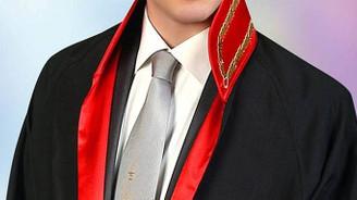 Hacze gelen avukata hakarete 7 bin lira ceza