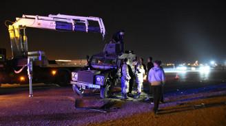Askeri araç ile otomobil çarpıştı: 5 yaralı