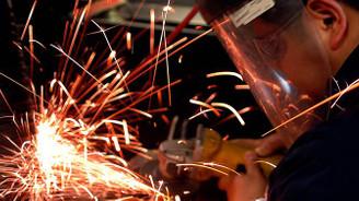 İmalat PMI kasımda sınırlı yükseldi
