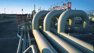 İki kesinti petrol fiyatlarını 2.5 yılın zirvesine taşıdı