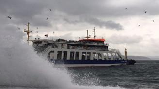 Olumsuz hava koşulları deniz ulaşımını vurdu