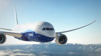 Boeing'in yeni yolcu uçağı 787-10 Dreamliner tanıtıldı