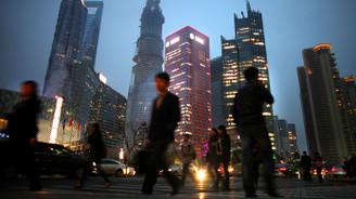 Çin'de hizmet sektörü büyümeye devam etti