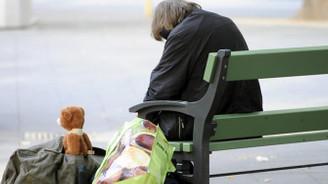 Almanya da 5,7 milyon yaşlı yoksulluk riski altında
