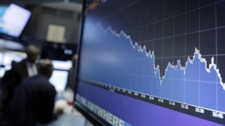Siyasi riskler piyasaların kabusu oldu