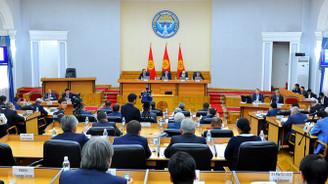 Kırgızistan'da devlet kuruluşları tasfiye edilecek