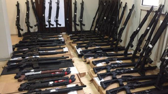 Konya'da ruhsatsız 63 tüfek ele geçirildi