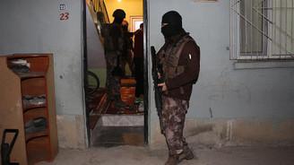 Adana'da terör operasyonu: 11 gözaltı