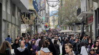 Yunanistan'da perakende satışlar düştü