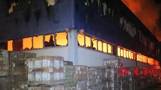 Eczacıbaşı Yapı Ürünleri Tesisinde yangın
