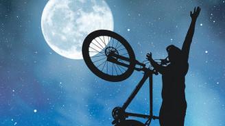 Haydi beni Ay'a pedalla!