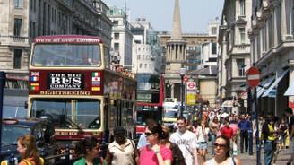 Betam: Göçmenler İngiltere'ye kazandırıyor