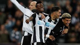 Newcastle yeniden Premier Lig'de