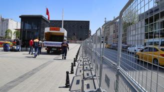 Taksim Meydanı kapatıldı